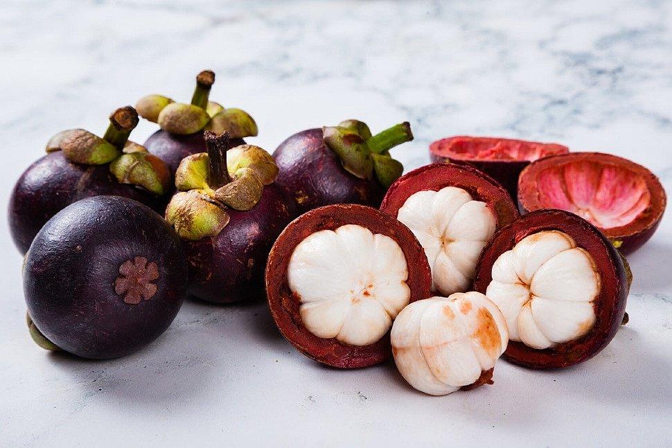 Экзотический плод мангостин