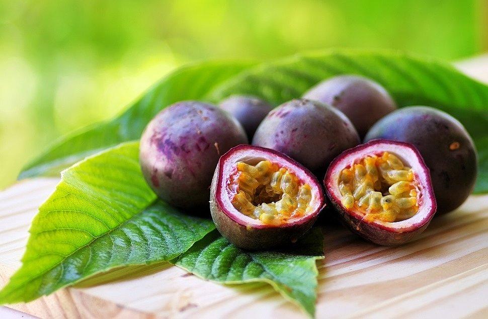 Экзотический фрукт маракуйя